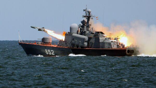 Diễn tập chiến thuật của tàu chiến thuộc Hạm đội Baltic. - Sputnik Việt Nam