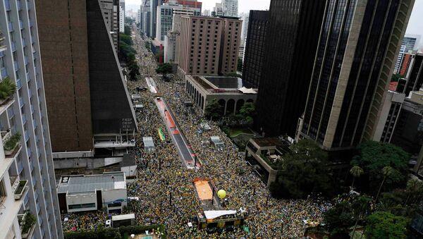 Biểu tình triệu người đòi Tổng thống từ chức - Sputnik Việt Nam
