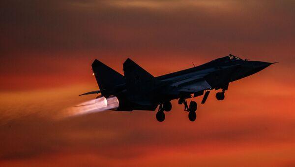 Máy bay tiêm kích đánh chặn MiG-31 - Sputnik Việt Nam