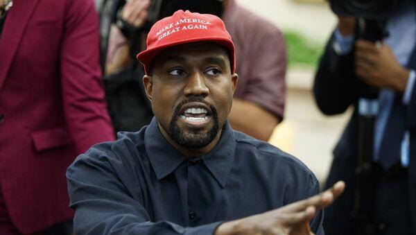 Rapper Kanye West. - Sputnik Việt Nam