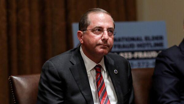 Bộ trưởng Y tế và Dịch vụ Nhân sinh của Mỹ, ông Alex Azar - Sputnik Việt Nam