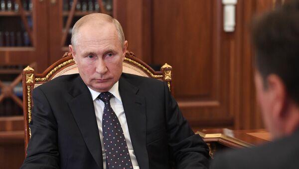 Vladimir Putin với Andrei Vorobyov - Sputnik Việt Nam
