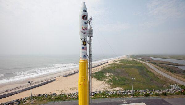 Tên lửa Minotaur-1 của Không quân Hoa Kỳ, mang theo vệ tinh ORS-1 của Bộ Quốc phòng Hoa Kỳ, tại Sân bay vũ trụ Wallops. - Sputnik Việt Nam