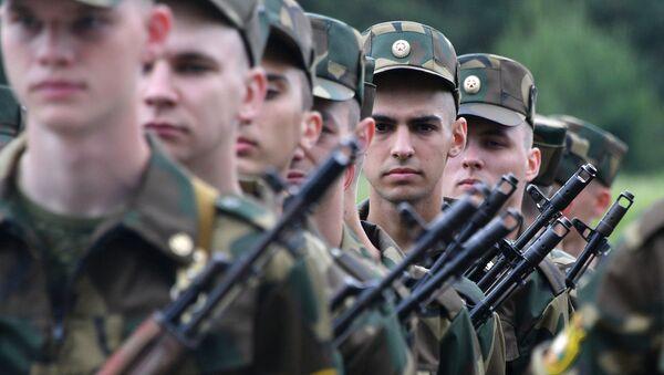 Quân nhân của các lực lượng vũ trang Belarus - Sputnik Việt Nam