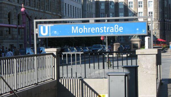 Lối vào ga tàu điện ngầm Mohrenstraße ở Berlin - Sputnik Việt Nam