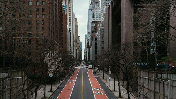 Đường vắng ở trung tâm thành phố New York. - Sputnik Việt Nam