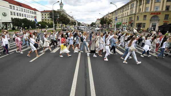 Cuộc biểu tình trong hòa bình ở Minsk. - Sputnik Việt Nam