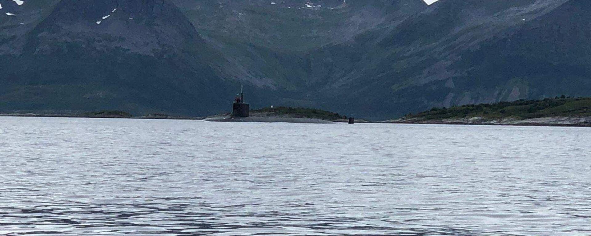 Tàu USS Seawolf của Hải quân Hoa Kỳ dừng ngoài khơi bờ biển Tromso, Na Uy - Sputnik Việt Nam, 1920, 09.10.2021