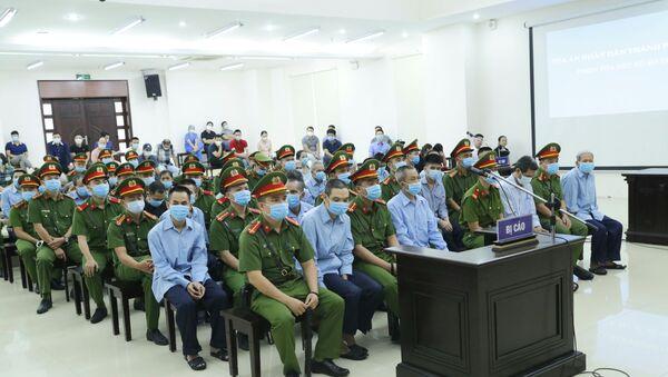 Các bị cáo tại phiên tòa ngày 9/9. - Sputnik Việt Nam