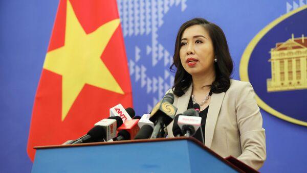 Người phát ngôn Bộ Ngoại giao Lê Thị Thu Hằng chủ trì họp báo thường kỳ tháng 9/2020. - Sputnik Việt Nam