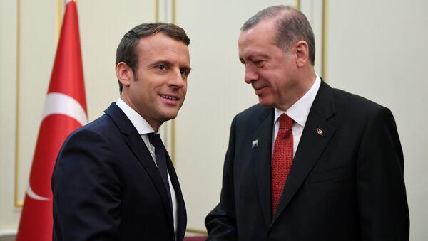 Cuộc gặp giữa Emmanuel Macron và Recep Tayyip Erdogan, 2017 - Sputnik Việt Nam