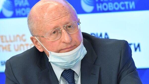 Giám đốc Trung tâm Gamaleya thuộc Bộ Y tế Nga Alexander Gintsburg. - Sputnik Việt Nam