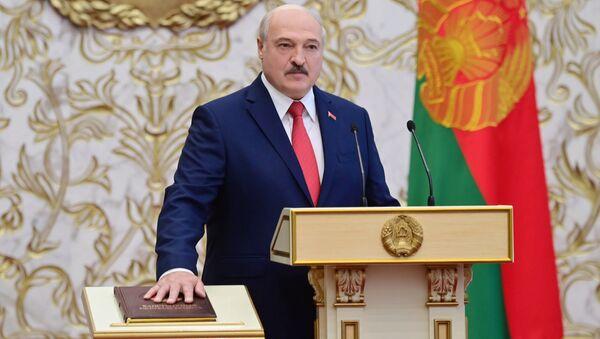 Tổng thống Belarus Alexander Lukashenko tại lễ nhậm chức ở Minsk - Sputnik Việt Nam