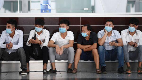Những người tại sân bay quốc tế Nội Bài, Hà Nội. - Sputnik Việt Nam