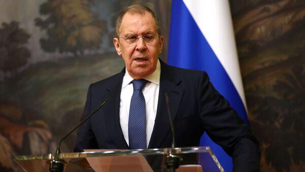 Ngoại trưởng Nga Sergei Lavrov trong cuộc họp báo - Sputnik Việt Nam
