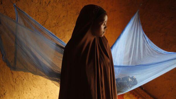 Cô bé 12 tuổi đến từ Niger, kết hôn sớm. - Sputnik Việt Nam
