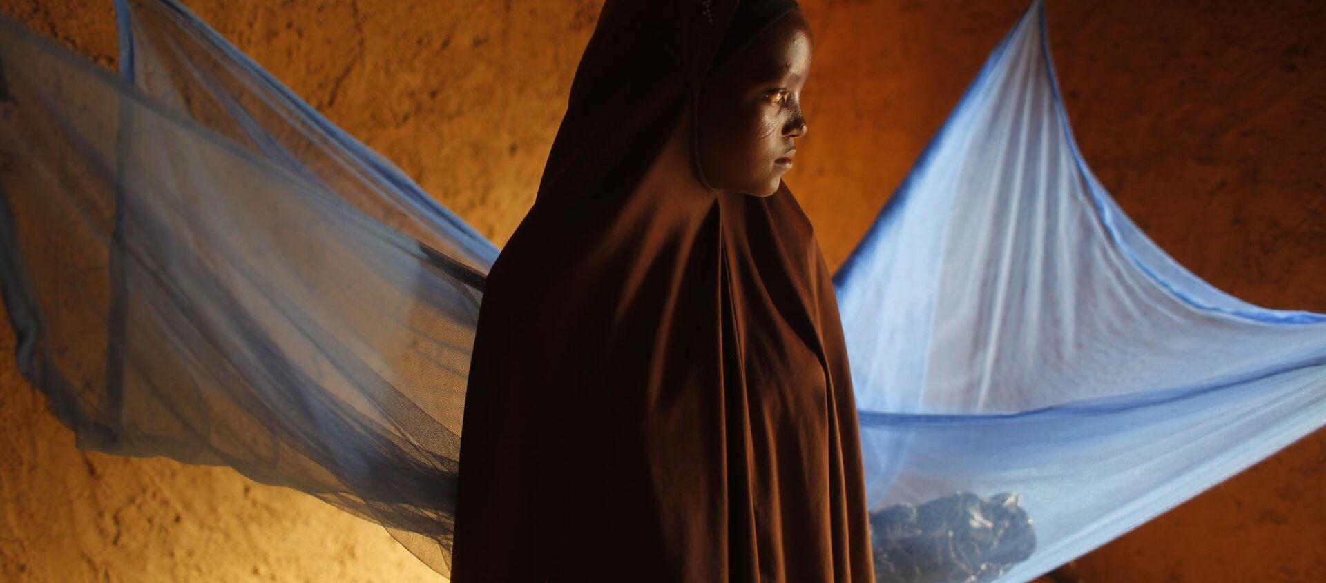 Cô bé 12 tuổi đến từ Niger, kết hôn sớm. - Sputnik Việt Nam, 1920, 03.10.2020