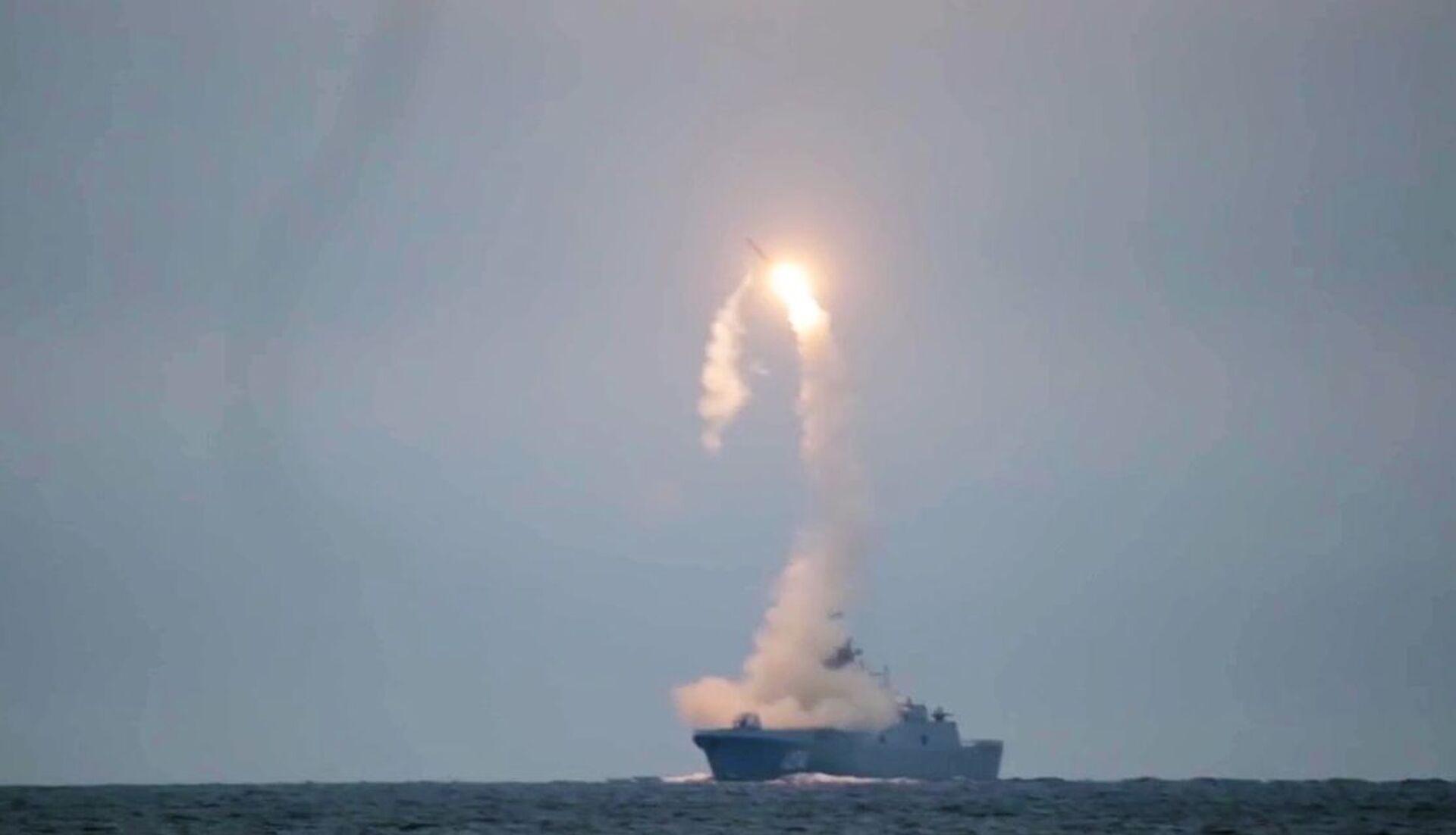 """Lần đầu tiên phóng tên lửa siêu thanh Zircon từ tàu """"Đô đốc Gorshkov - Sputnik Việt Nam, 1920, 05.10.2021"""