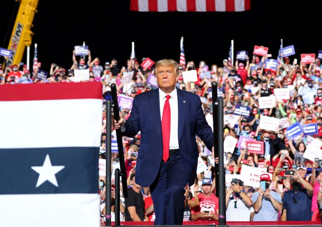 Tổng thống Hoa Kỳ Donald Trump
