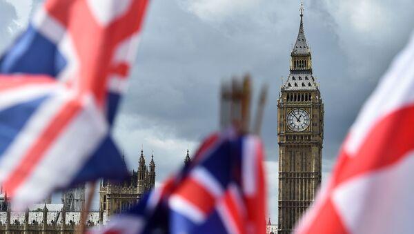 Big Ben (Tháp đồng hồ của cung điện Westminster) - Sputnik Việt Nam