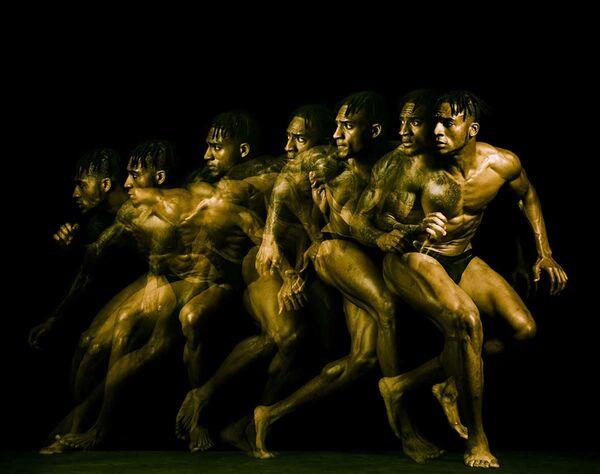 NFL Bodies của nhiếp ảnh gia Mỹ Howard Schatz giành giải Nhiếp ảnh gia thể thao chuyên nghiệp của năm tại International Photography Awards 2020 - Sputnik Việt Nam