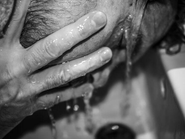 Ảnh Psi-Covid-19 của nhiếp ảnh gia Ý Simone Francescangeli, chiến thắng ở hạng mục Nhiếp ảnh gia chuyển động không chuyên nghiệp / Người quay video không chuyên nghiệp của năm tạiInternational Photography Awards 2020 - Sputnik Việt Nam