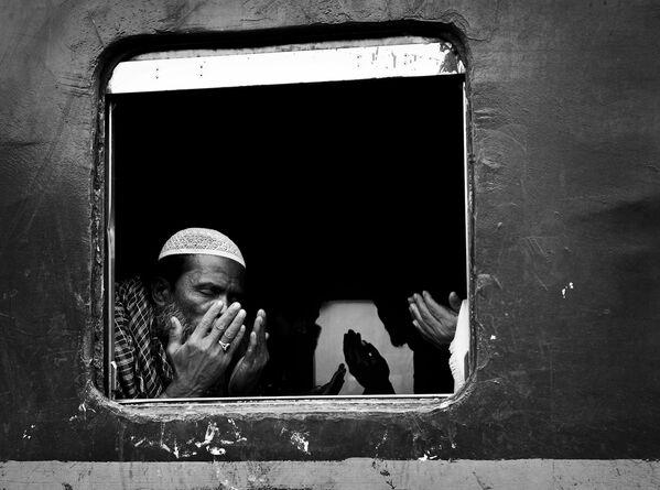 Ảnh «Cộng đồng Hồi giáo ở Dhaka», tác giả Wei Fu của Thái Lan, Người chiến thắng không chuyên trong Sự kiện / Hạng mục khác của International Photography Awards 2020 - Sputnik Việt Nam