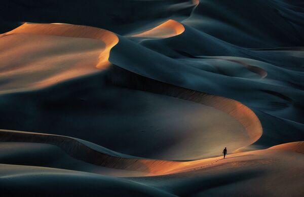 Hoang mạc vĩ đại của nhiếp ảnh gia Iran Babak Mehrafshar, giành giải nhiếp ảnh gia nghiệp dư ở hạng mục Thiên nhiên / Phong cảnh tại International Photography Awards 2020 - Sputnik Việt Nam