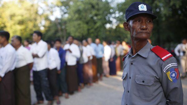 91 đảng và 90 ứng cử viên độc lập tham gia bầu cử Myanmar - Sputnik Việt Nam