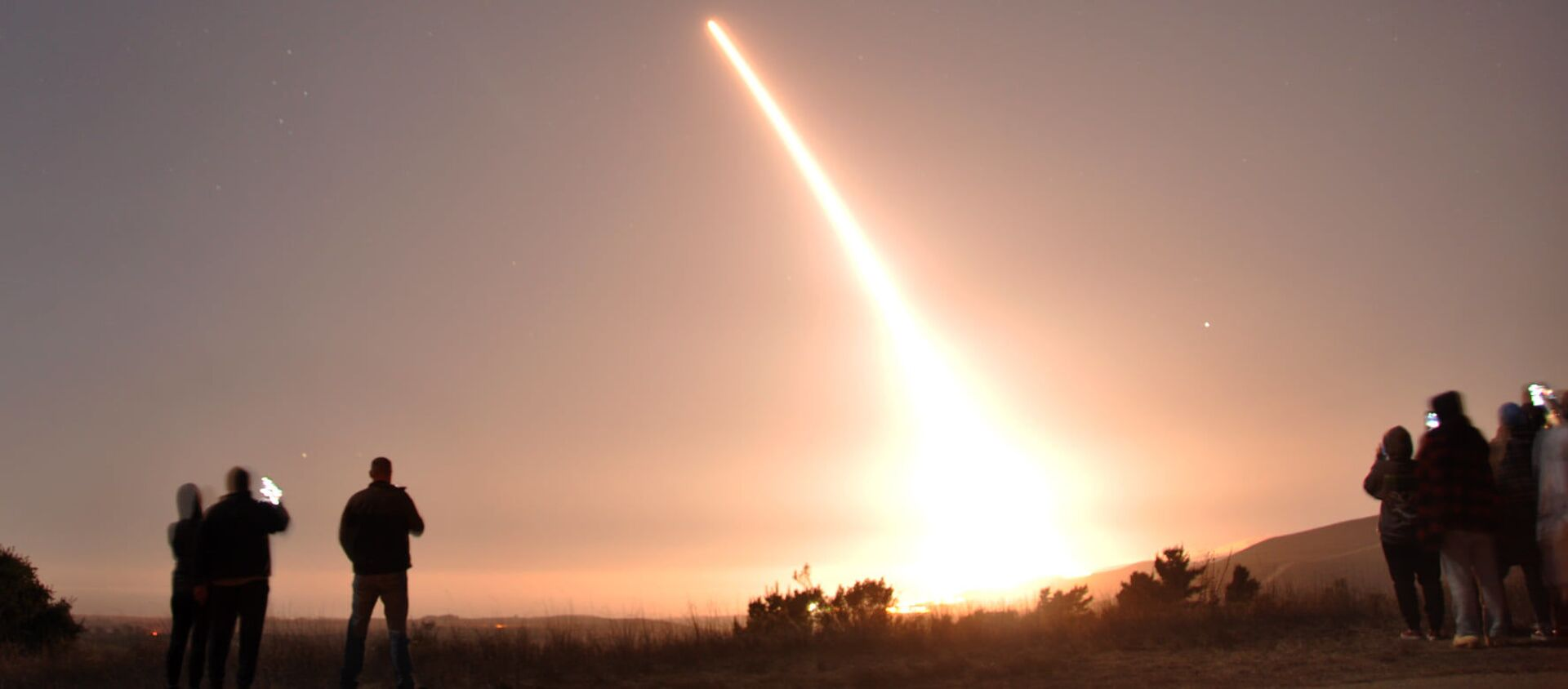 Các vụ thử tên lửa đạn đạo xuyên lục địa Minuteman III của Mỹ. - Sputnik Việt Nam, 1920, 12.08.2021
