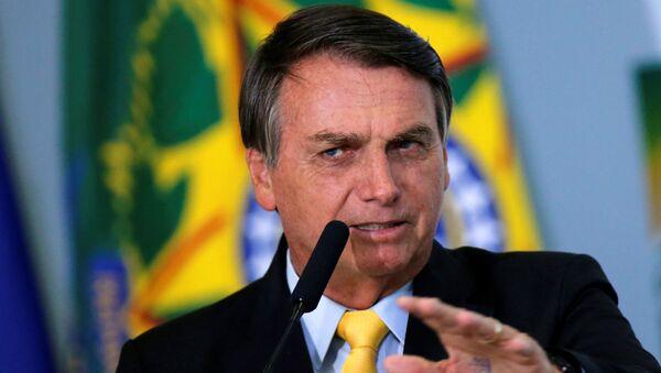 Tổng thống Brazil, Jair Bolsonaro trong buổi lễ tại Cung điện Planalto, Brasilia, ngày 19 tháng 10 năm 2020 - Sputnik Việt Nam