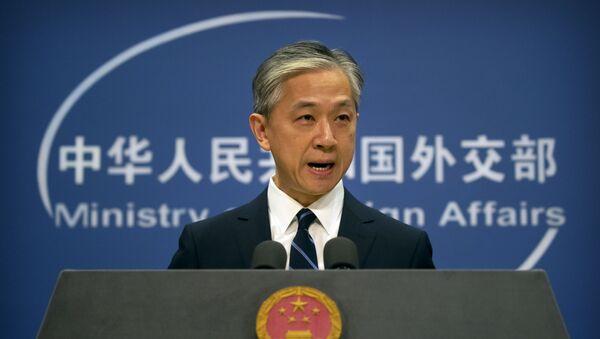 Phát ngôn viên Bộ Ngoại giao Wang Wenbin. - Sputnik Việt Nam