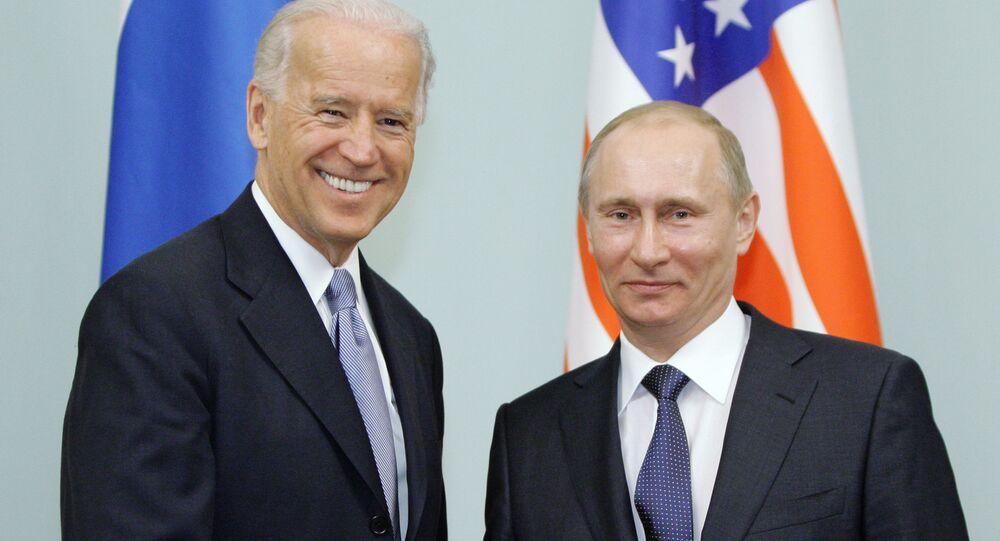Cuộc gặp giữa thủ tướng Nga Vladimir Putin và phó tổng thống Hoa Kỳ Joe Biden, năm 2011