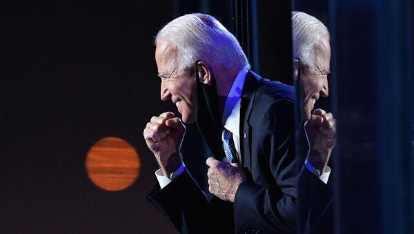 Ứng cử viên tổng thống từ  đảng Dân chủ Joe Biden - Sputnik Việt Nam