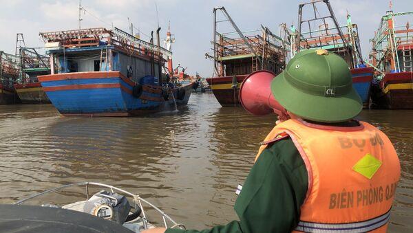 Bộ đội Biên phòng tỉnh Quảng Bình chủ động ứng phó với bão số 13 - Sputnik Việt Nam
