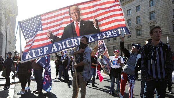 Những người ủng hộ Donald Trump ở Washington - Sputnik Việt Nam