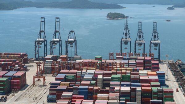 Cảng biển thương mại ở Trung Quốc. 17 tháng 5 năm 2020 - Sputnik Việt Nam