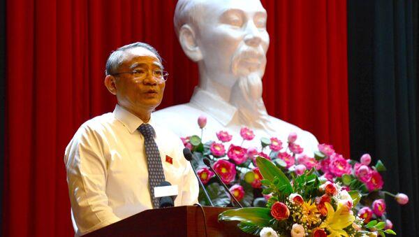 Đồng chí Trương Quang Nghĩa, Trưởng đoàn Đại biểu Quốc hội thành phố Đà Nẵng phát biểu. - Sputnik Việt Nam