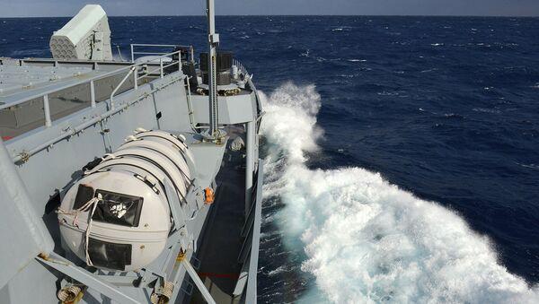 Một tàu NATO trong cuộc tập trận quân sự. - Sputnik Việt Nam