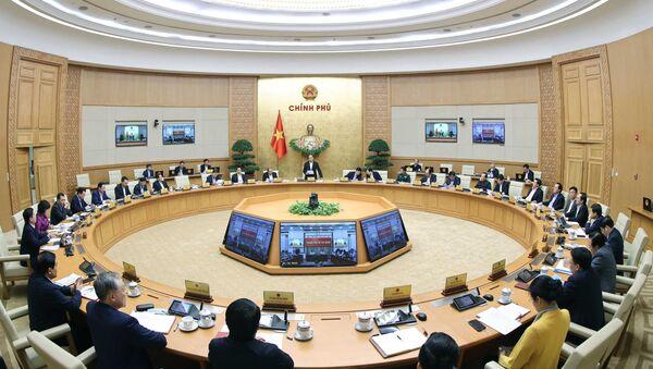 Thủ tướng Nguyễn Xuân Phúc chủ trì phiên họp Chính phủ thường kỳ tháng 11 năm 2020 - Sputnik Việt Nam