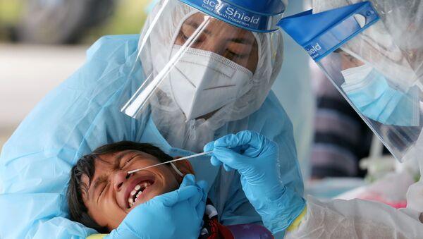 Kiểm tra coronavirus ở Klang, Malaysia - Sputnik Việt Nam