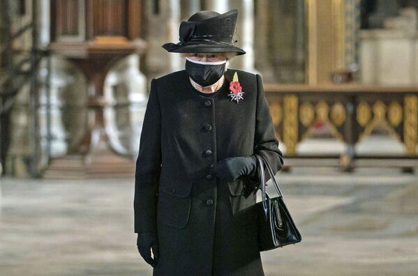 Nữ hoàng Elizabeth II Vương quốc Anh trong một buổi lễ ở Tu viện Westminster - Sputnik Việt Nam