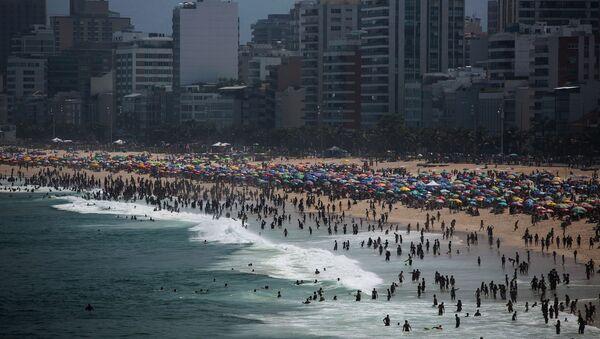 Bãi biển ở Rio de Janeiro, Brazil. - Sputnik Việt Nam