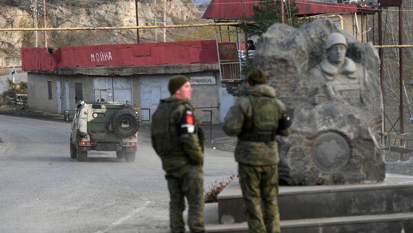 Lực lượng gìn giữ hòa bình Nga ở khu Lachin, Nagorno-Karabakh - Sputnik Việt Nam