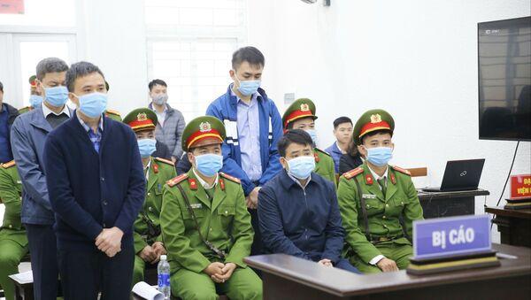 Các bị cáo tại phiên tòa. - Sputnik Việt Nam