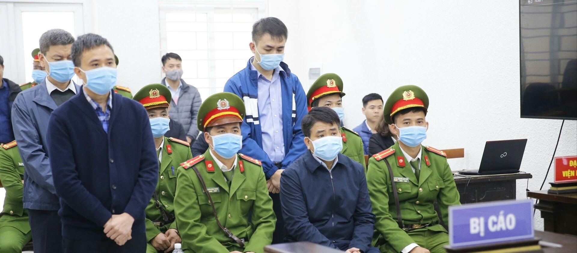 Các bị cáo tại phiên tòa. - Sputnik Việt Nam, 1920, 11.12.2020