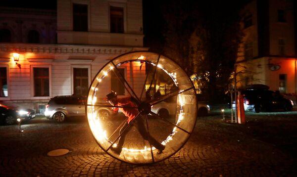 Các nghệ sỹ trong lễ kỷ niệm Ngày Thánh Nicholas ở Prague - Sputnik Việt Nam