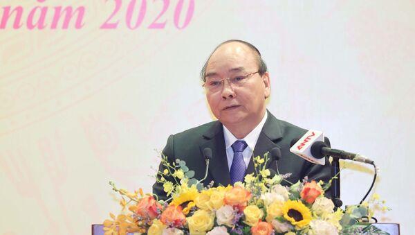 Thủ tướng Nguyễn Xuân Phúc, Chủ tịch Hội đồng Thi đua – Khen thưởng Trung ương phát biểu. - Sputnik Việt Nam