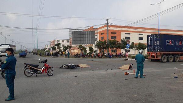Hiện trường vụ tai nạn giao thông xảy ra vào sáng nay - Sputnik Việt Nam