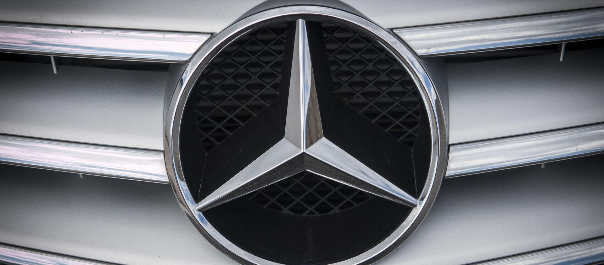 Mercedes  - Sputnik Việt Nam, 1920, 15.12.2020